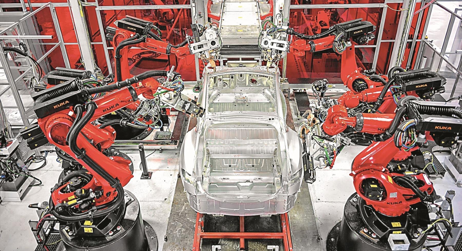 Teslin Model 3 proizvode roboti