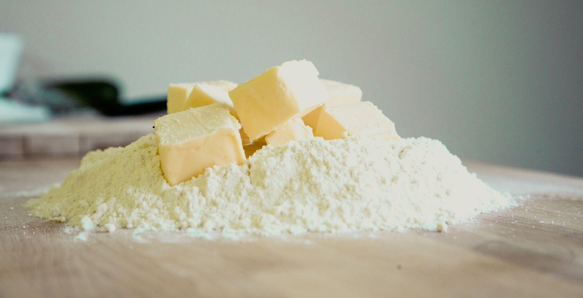 Maslac drastično poskupio, pitanje hoće li ga biti za božićne blagdane