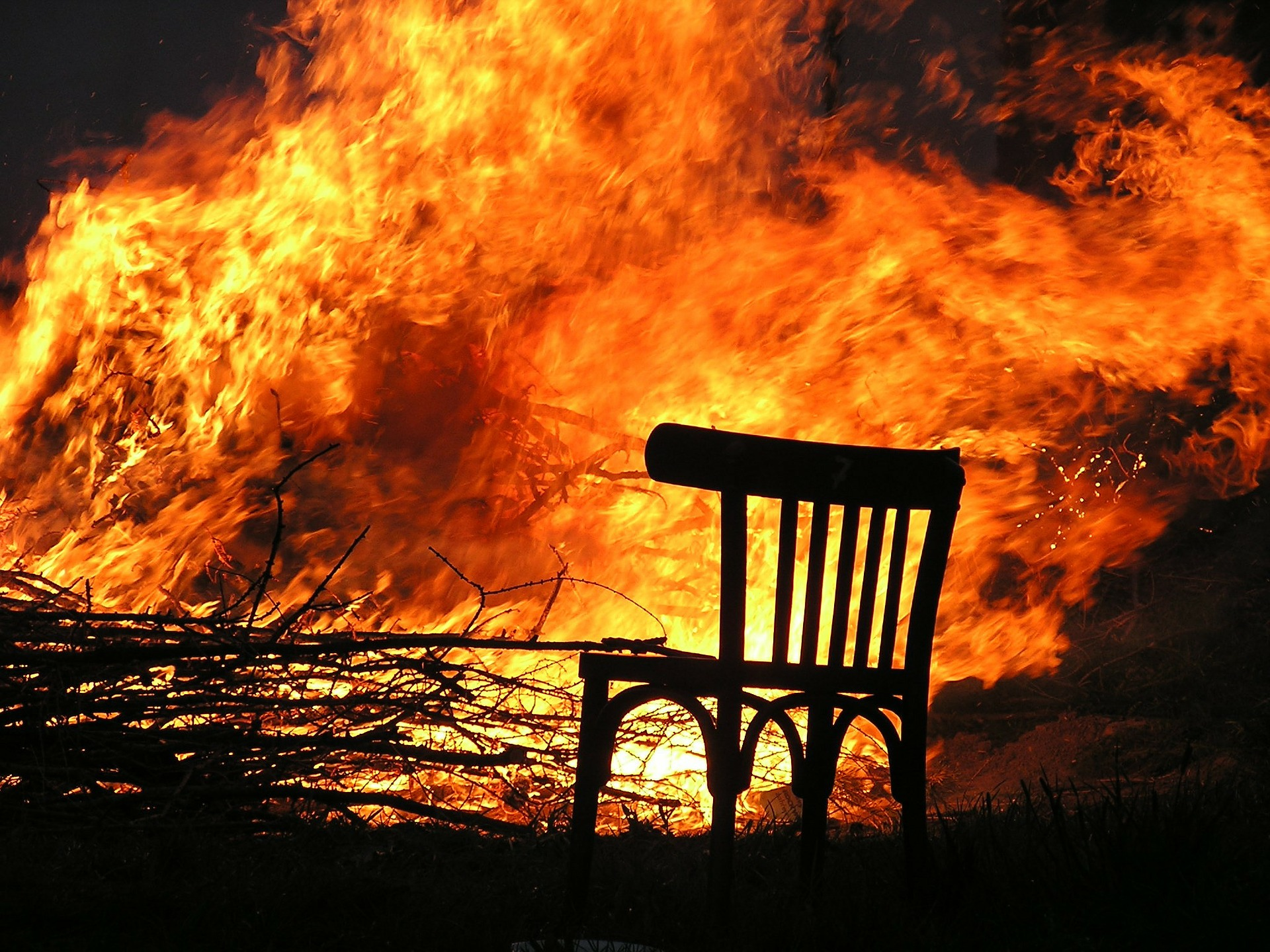 U požaru kuće u Kričkama jedna osoba smrtno stradala