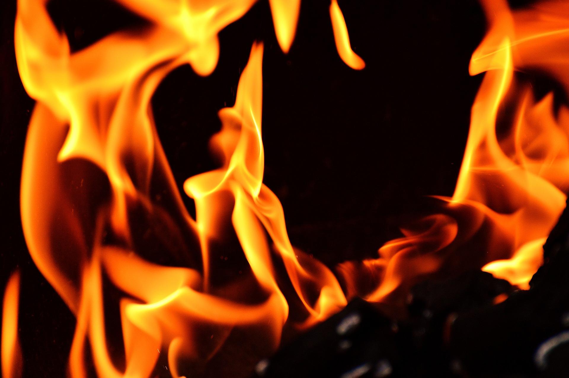 Zapalio se autobus s pripadnicima HV-a