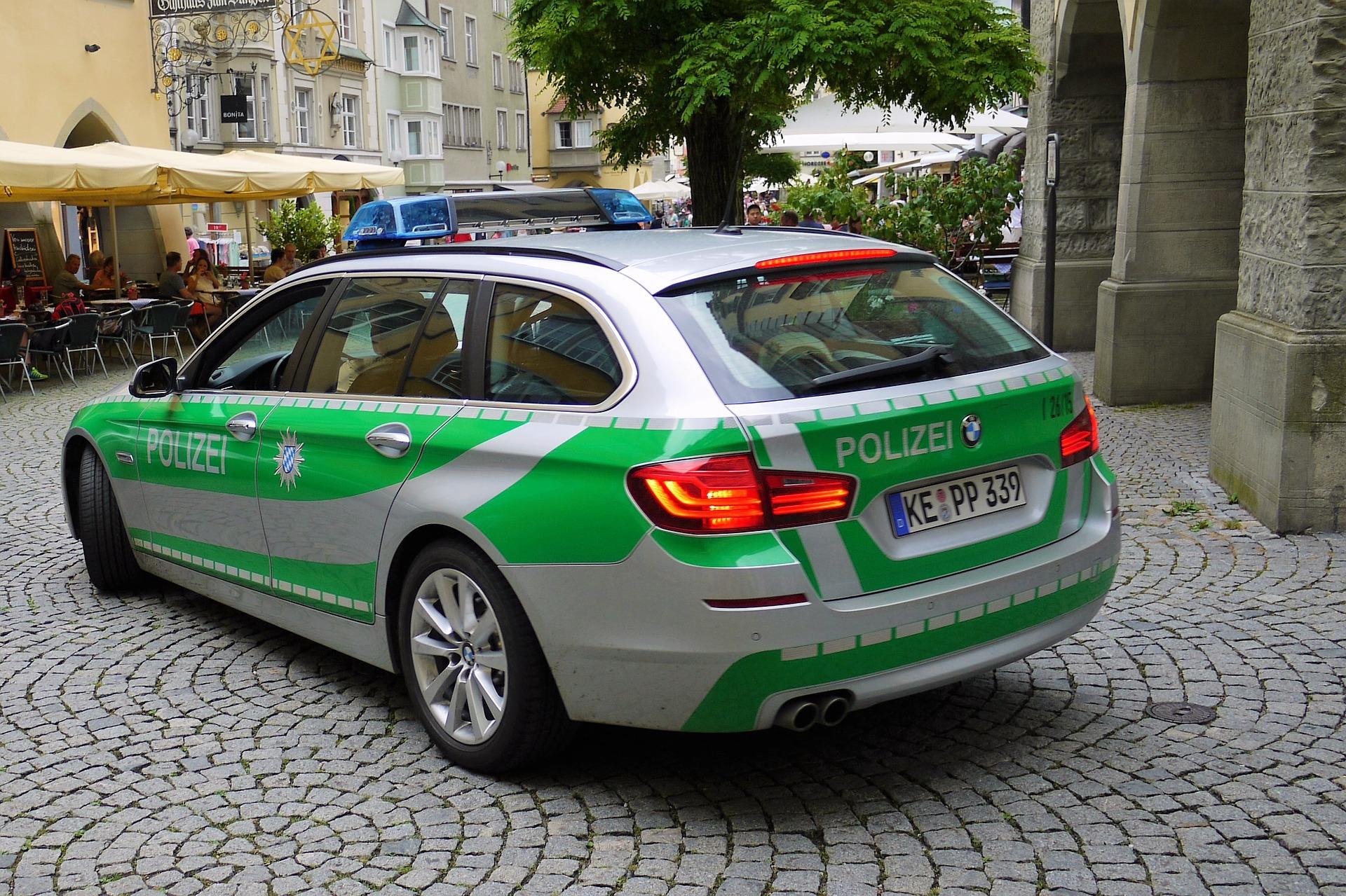 Njemačka policija pretresla lokacije vezane uz islamista, zaplijenila oružje