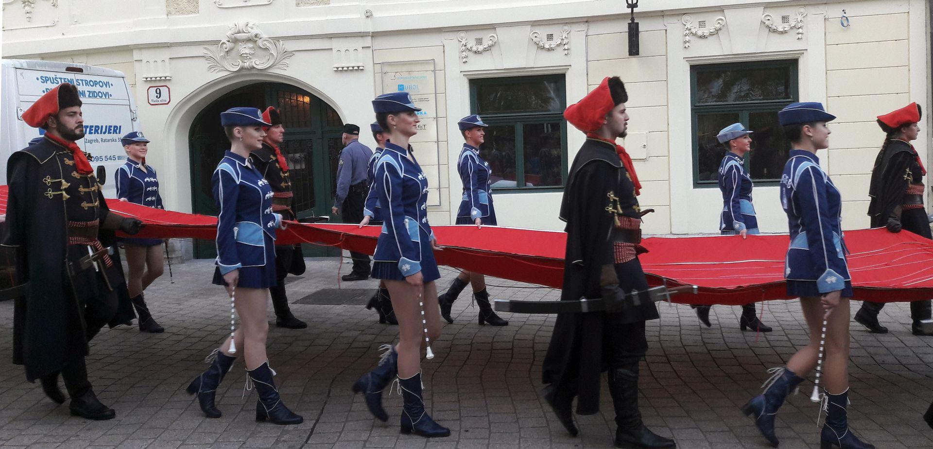 JEDINSTVEN U EUROPI Završen festival Dani kravate