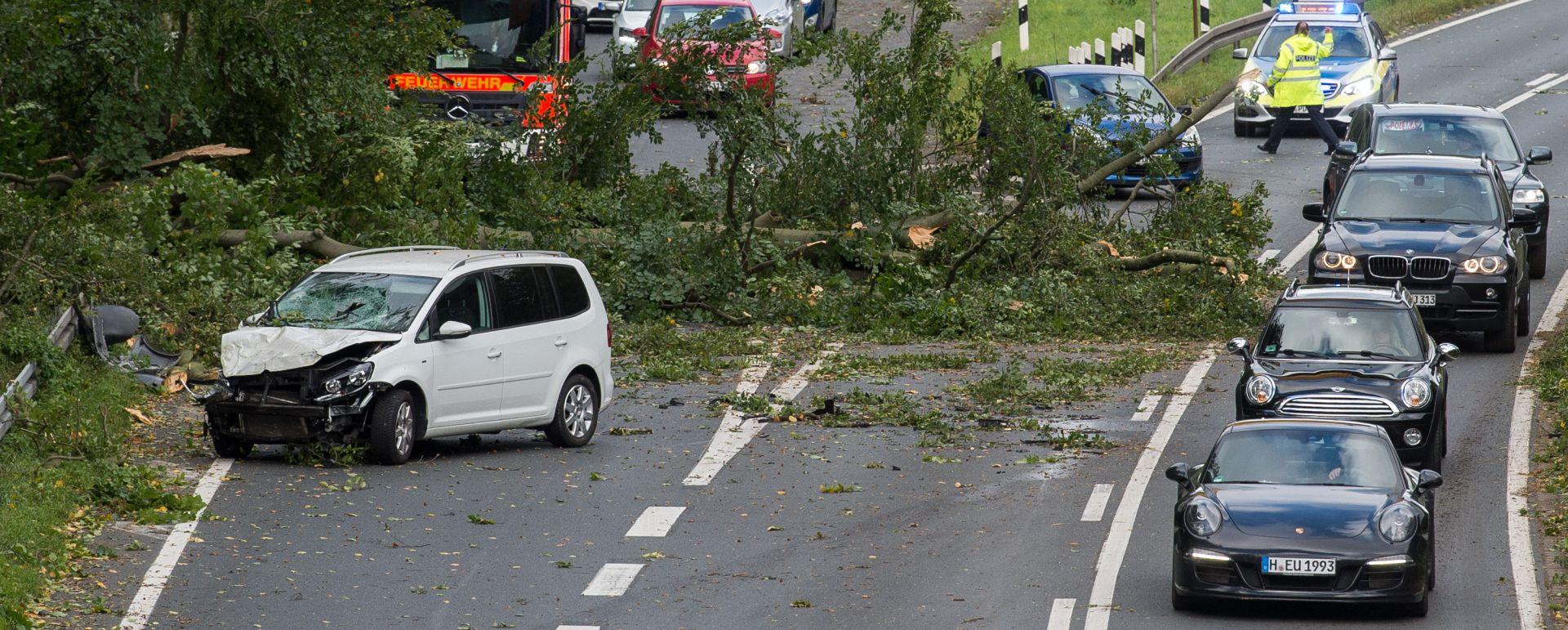 Sedam poginulih u olujnom nevremenu na sjeveru i istoku Njemačke