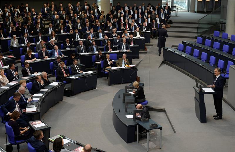 Konstituirajuća sjednica Bundestaga, Schaeuble novi predsjednik parlamenta