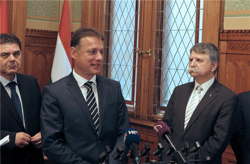 JANDROKOVIĆ I KOVER 'Odnosi Mađarske i Hrvatske mnogo su više od Ine i Mola'