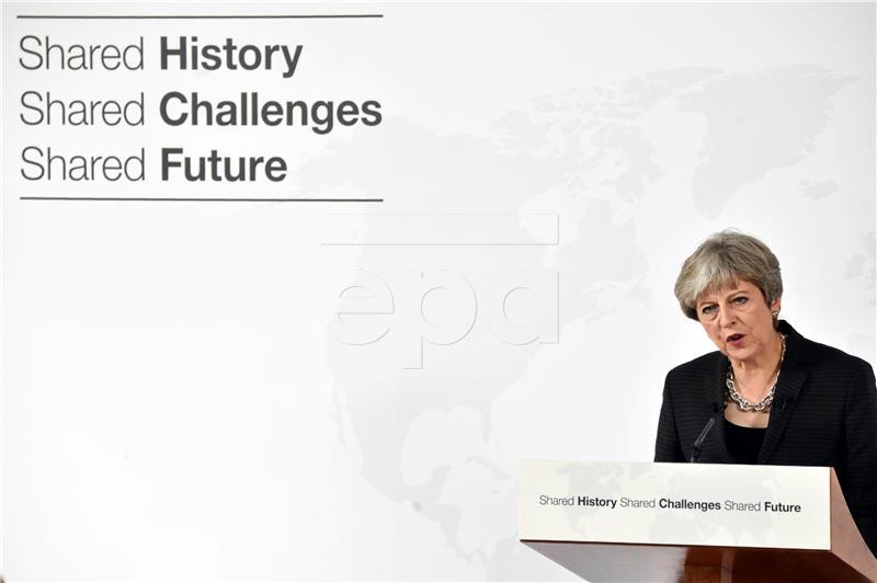 May za 'ambiciozne planove' u pregovorima o Brexitu, EU očekuje više deatalja