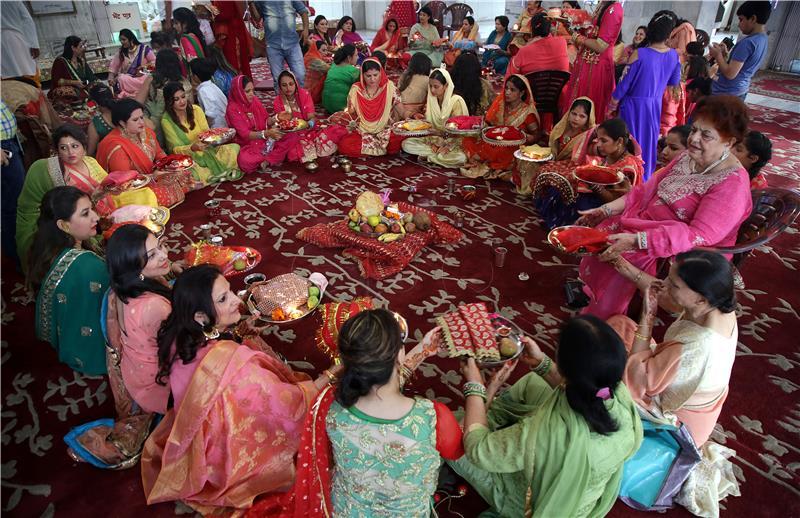 Indijski vrhovni sud odlučio da je spolni odnos s premladom suprugom silovanje