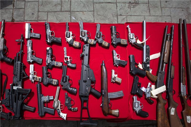 U Australiji zbog amnestije vraćeno više od 50.000 komada ilegalnog oružja
