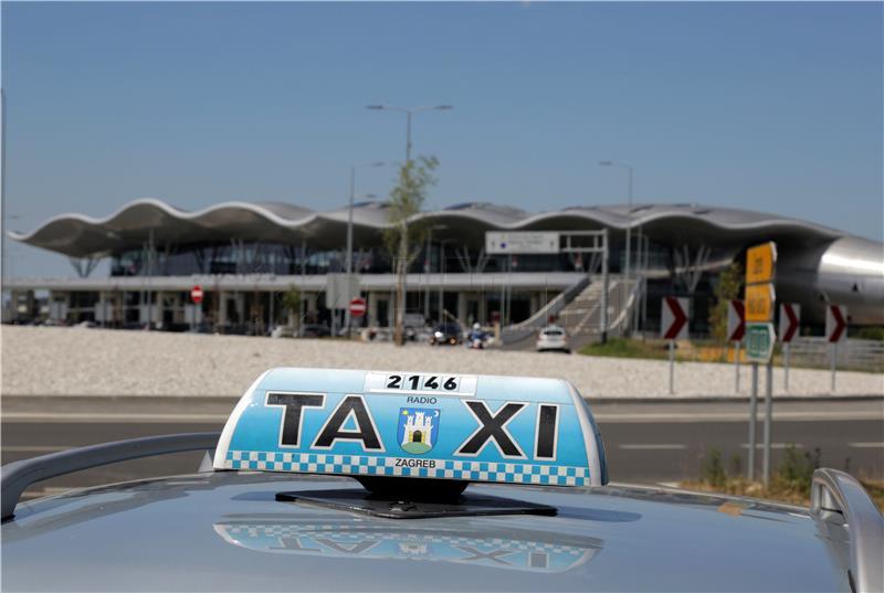 Taksisti zbog Ubera najavili tužbe i prosvjede