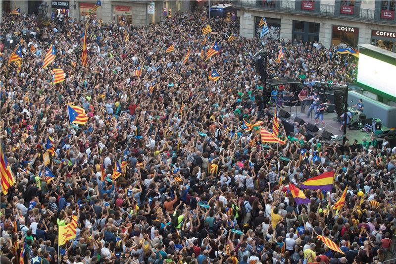 Madrid raspustio katalonski parlament
