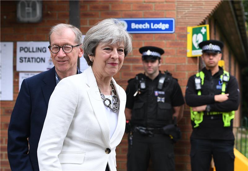 Istraga protiv britanskog ministra zbog seksualnog uznemiravanja