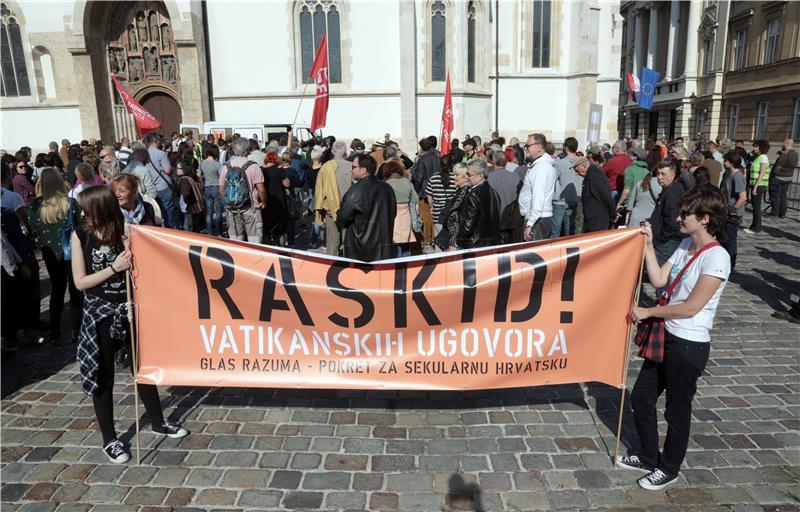 Na Markovom trgu održao se prosvjed protiv Vatikanskih ugovora