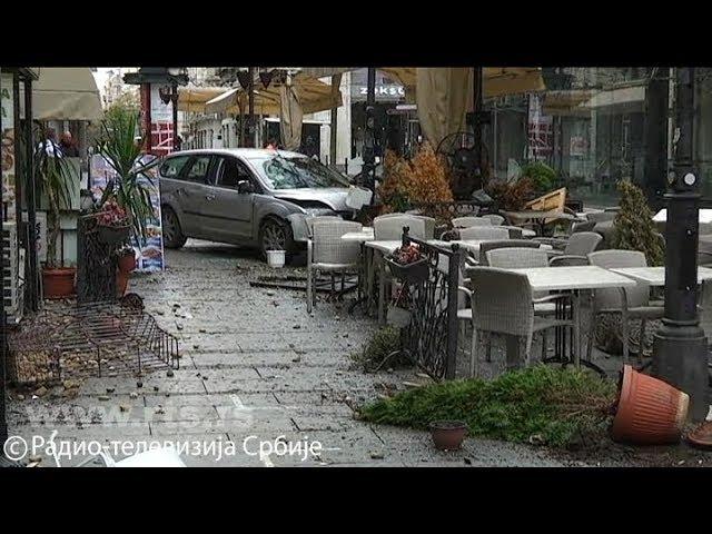 VIDEO: AUTOM JURIO LJUDE PO CENTRU BEOGRADA Uletio u pješačku zonu, dvoje ozlijeđenih