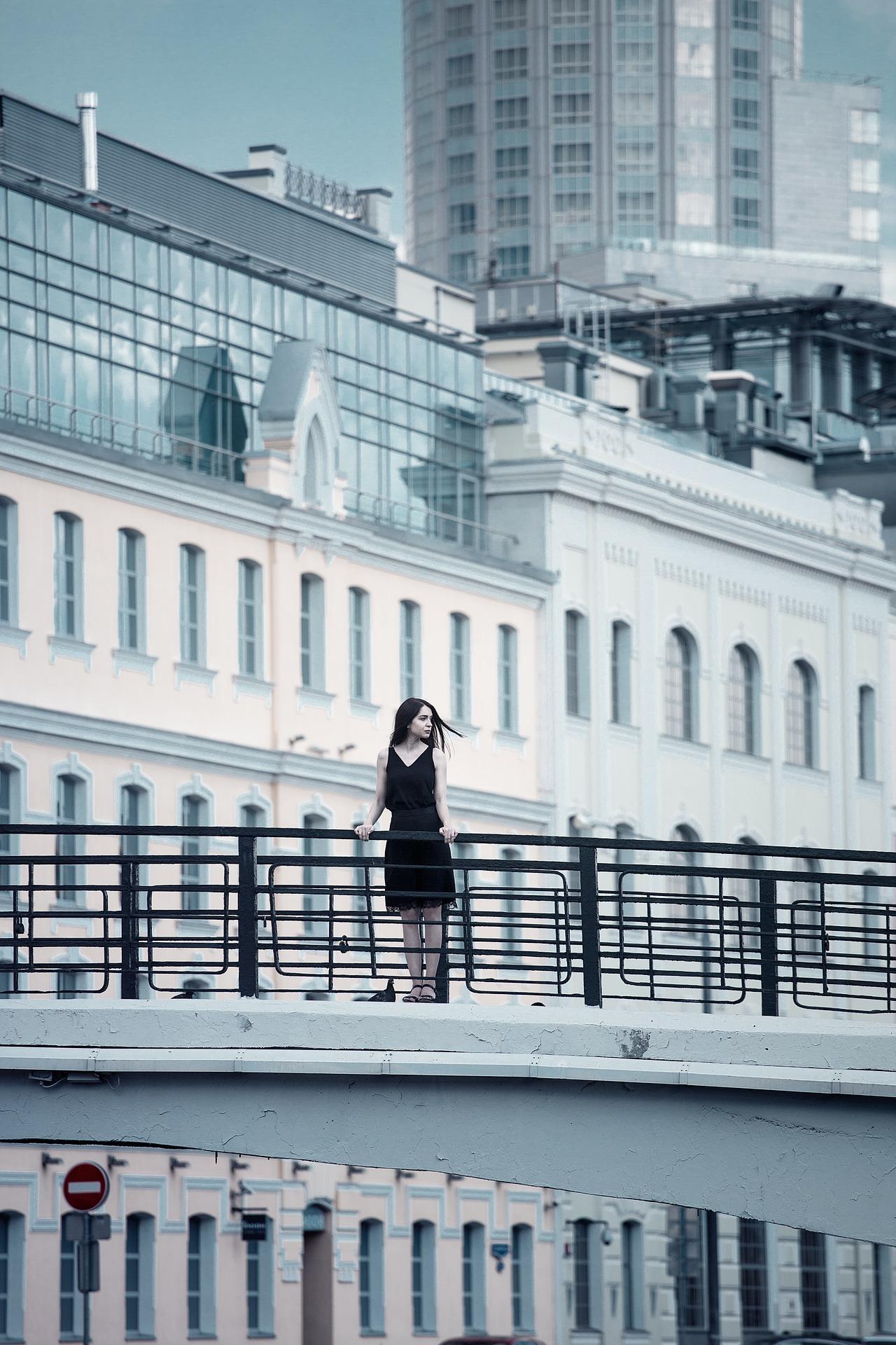 Mlada Ruskinja silovana na putu do mosta s kojeg se planirala baciti