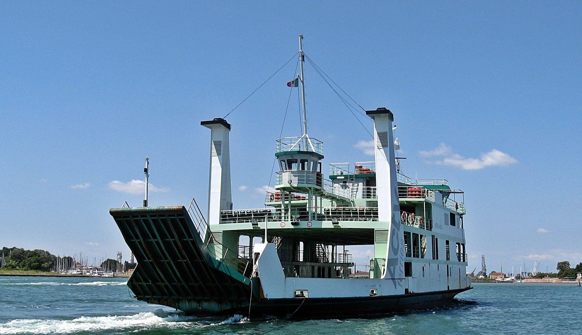 HAK: Od danas izvansezonski red plovidbe, nesreća kod Novske