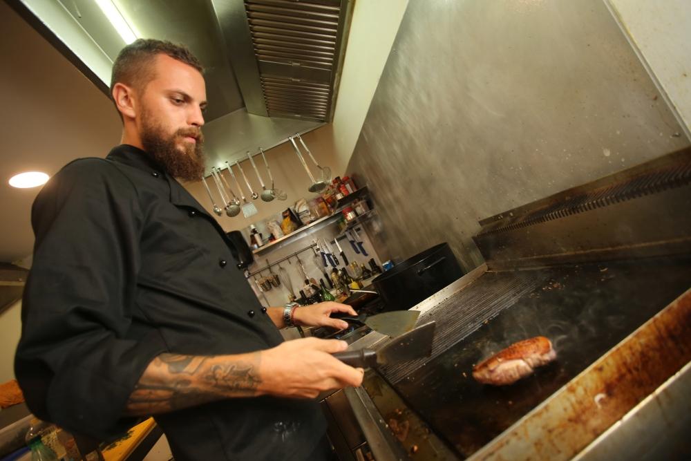 Zbog pljačke priveden chef iz razvikanog splitskog restorana