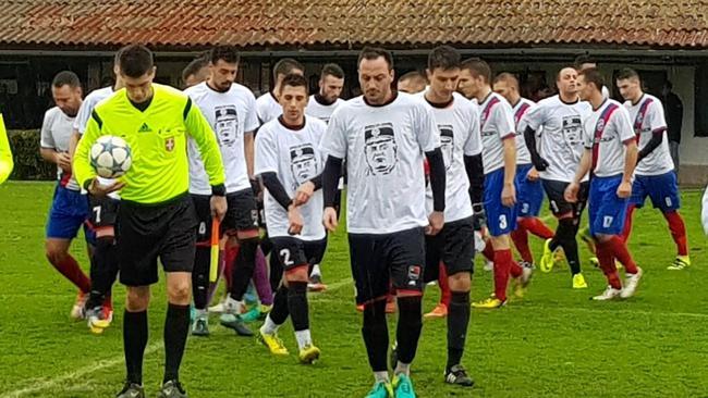 Novosadski nogometaši igrali u majicama s likom Ratka Mladića