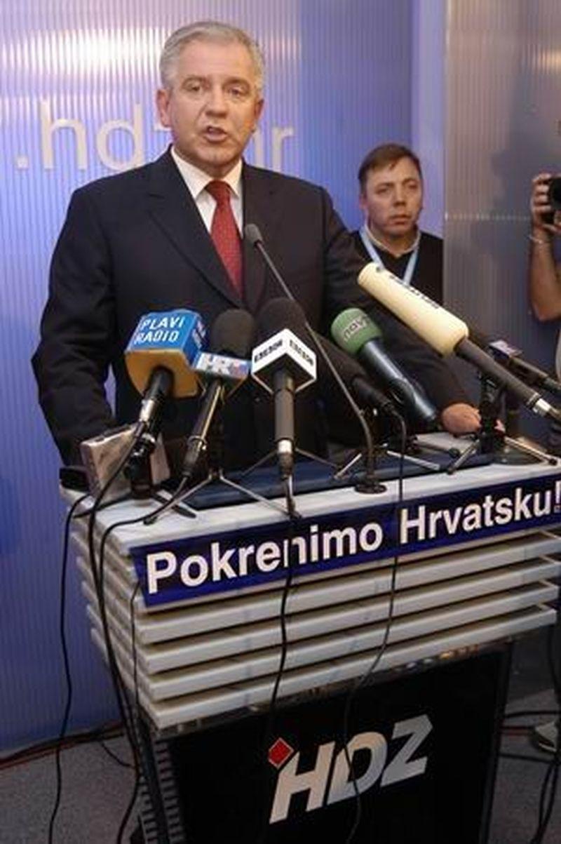 NOVI ARHITEKTI HRVATSKE POLITIKE Sanaderov politbiro čine Vladimir Šeks, Luka Bebić i Miomir Žužul