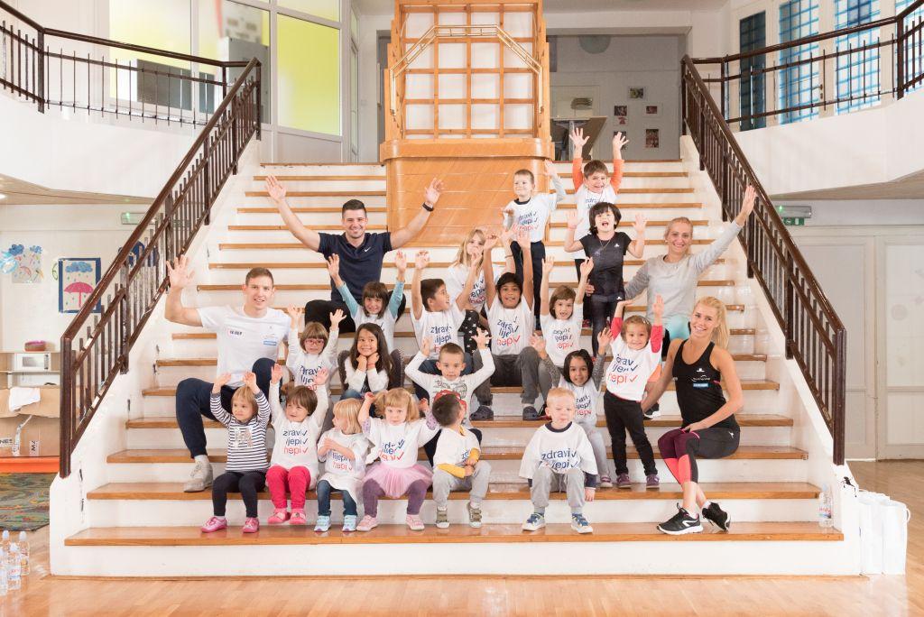 AKTIVNA HRVATSKA Zajednički trening djece iz SOS dječjeg sela Lekenik i tima sportsko-edukativnog projekta