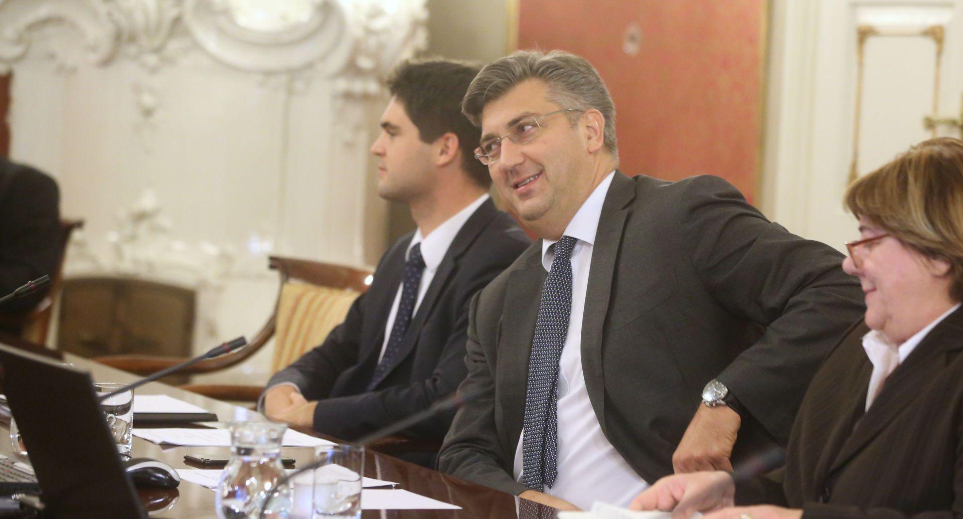 ISTRAŽIVANJE Plenković tone, Krstičević na vrhu a Dalić i Štromar na dnu popularnosti