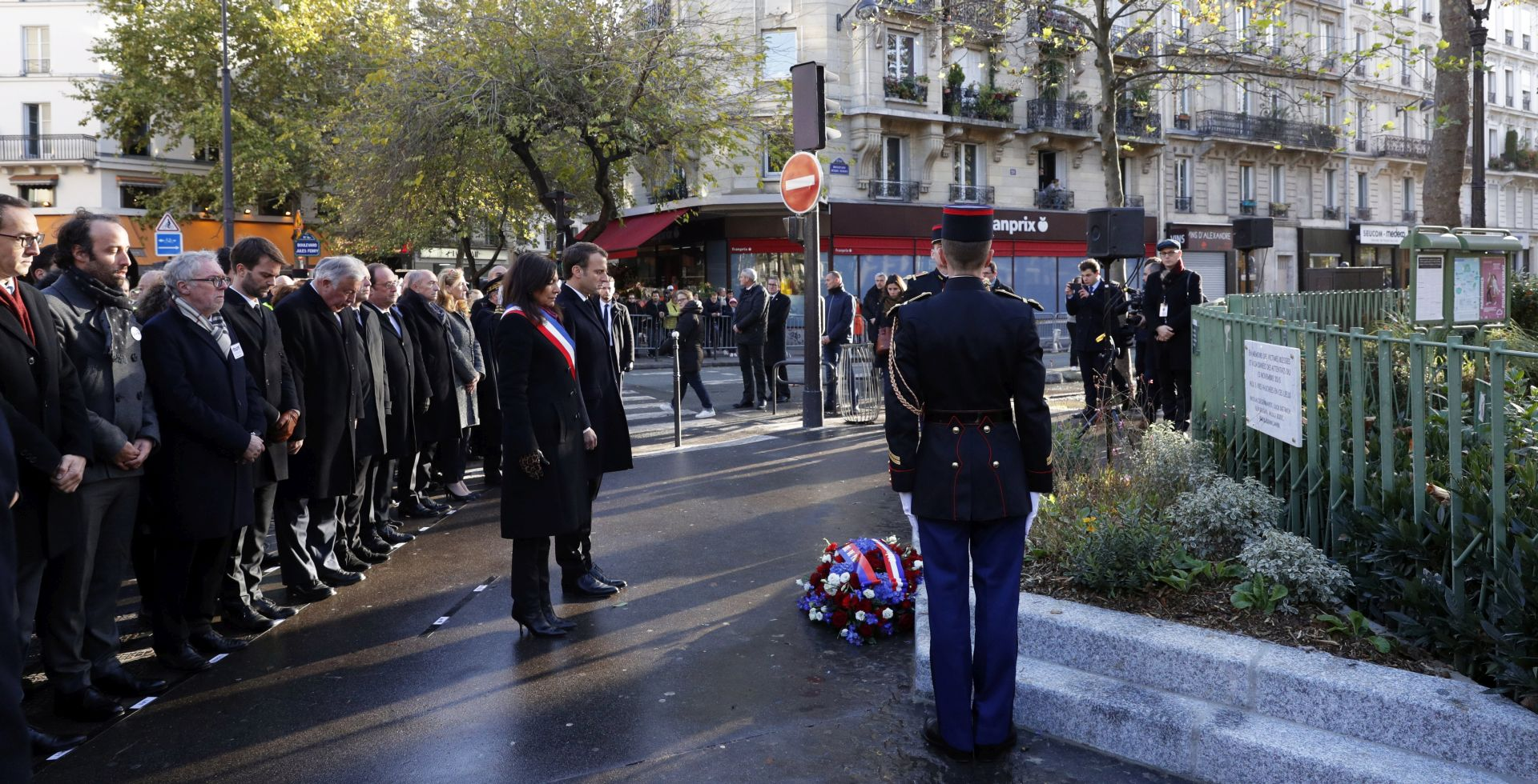 Pariz odaje počast ubijenima u terorističkom napadu prije dvije godine