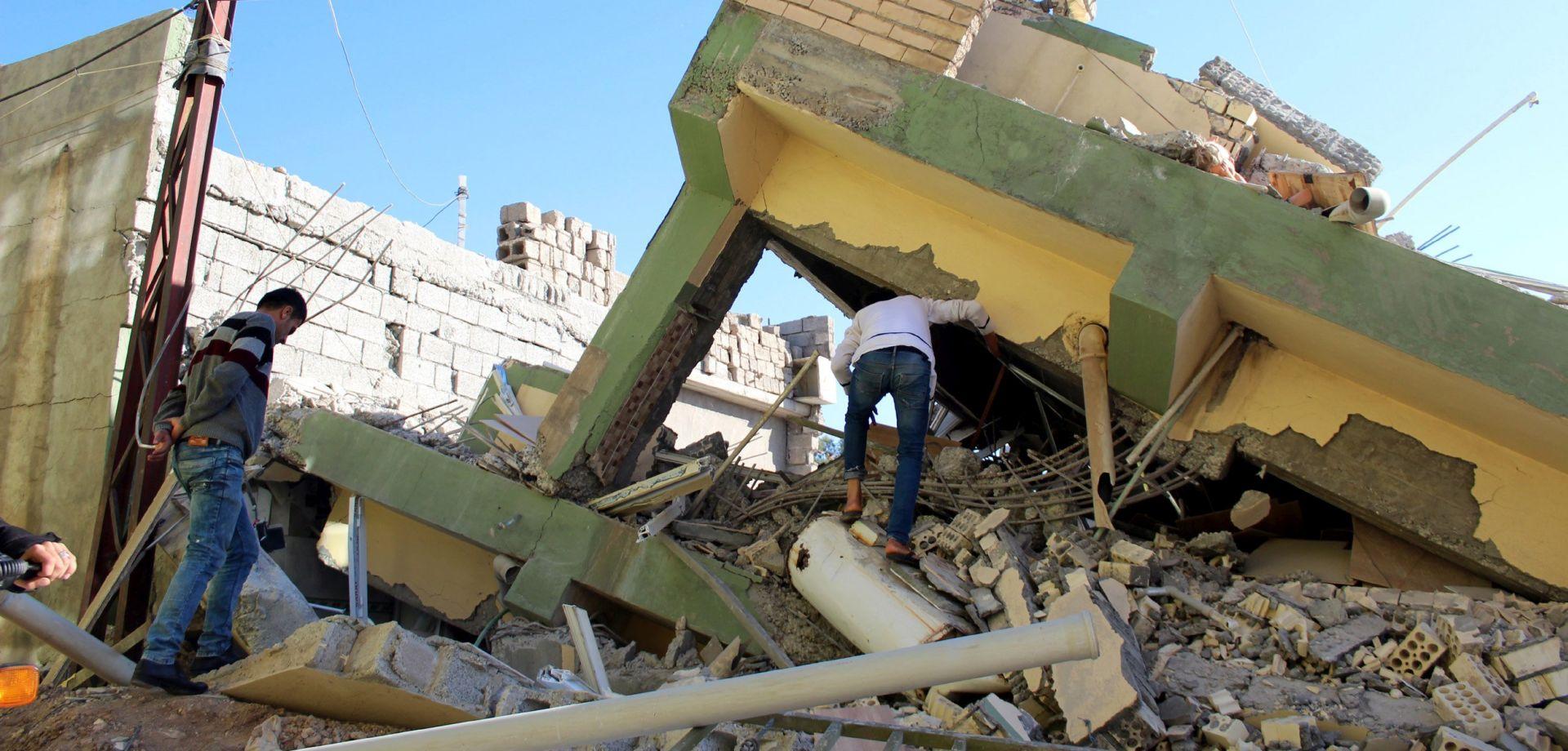 IRAN Rouhani obećao pronalazak krivaca za urušene zgrade