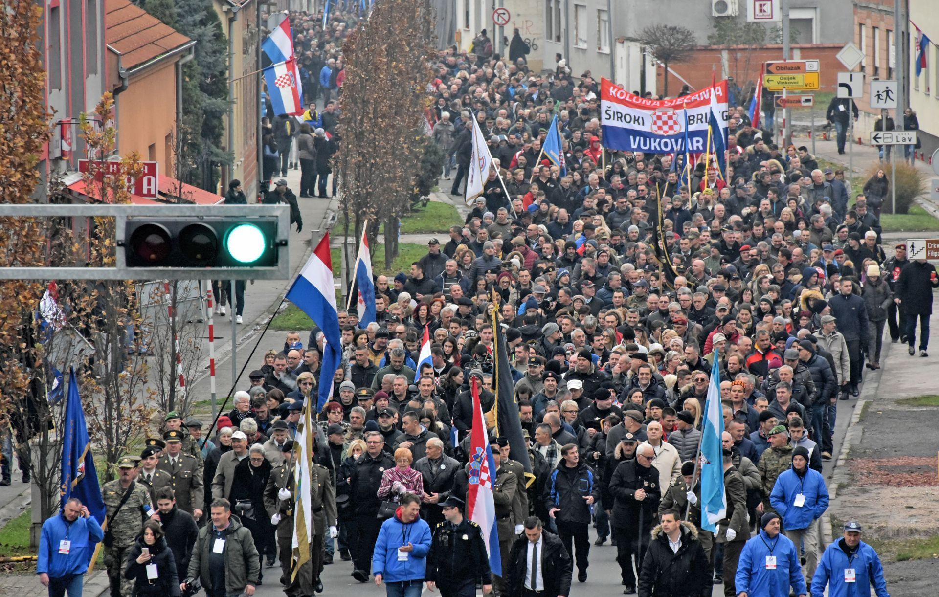 VUKOVAR U koloni sjećanja oko 64 tisuće ljudi