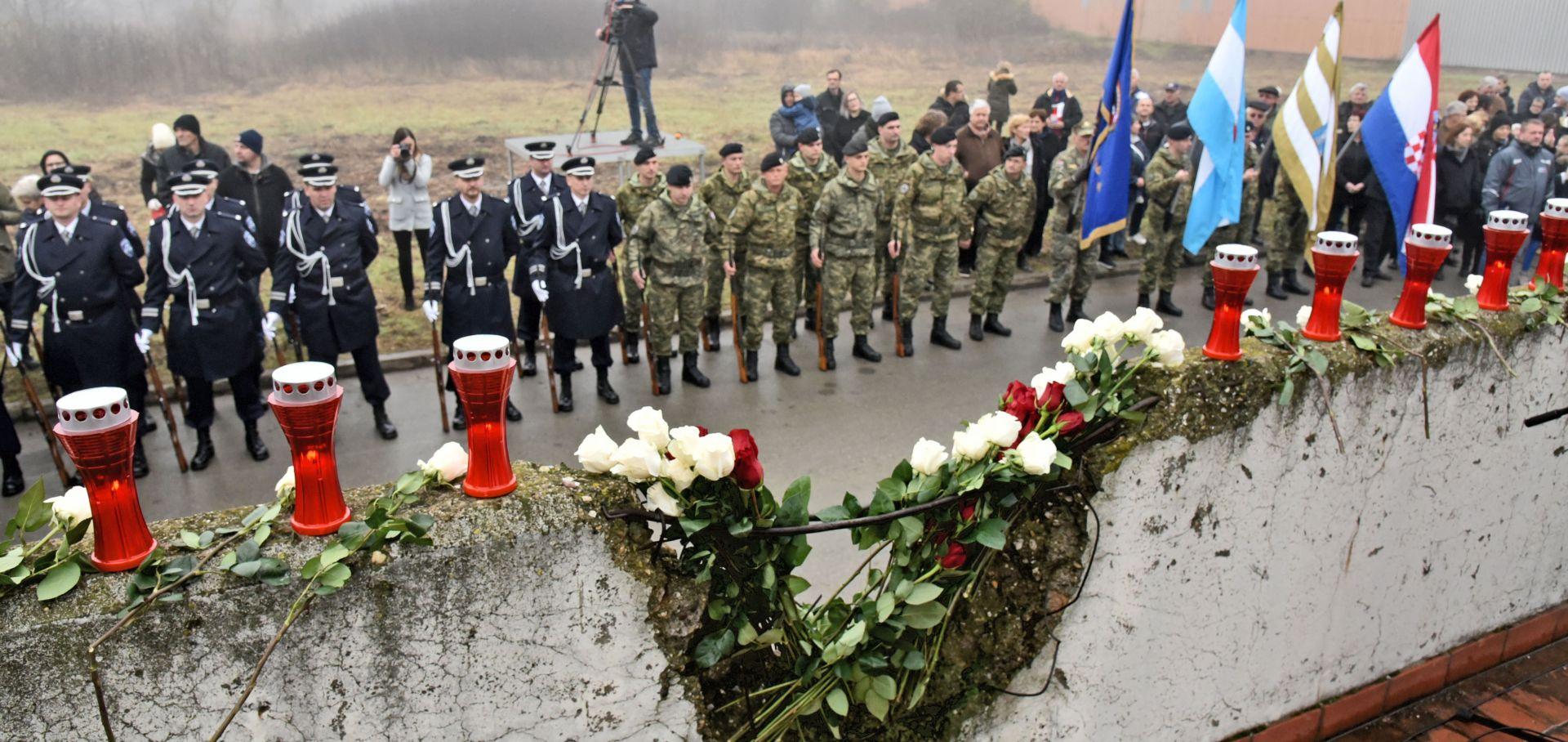 """""""GRAD – TO STE VI"""" Susretom u spomen na Sinišu Glavaševića završilo obilježavanje Dana sjećanja na žrtvu Vukovara"""