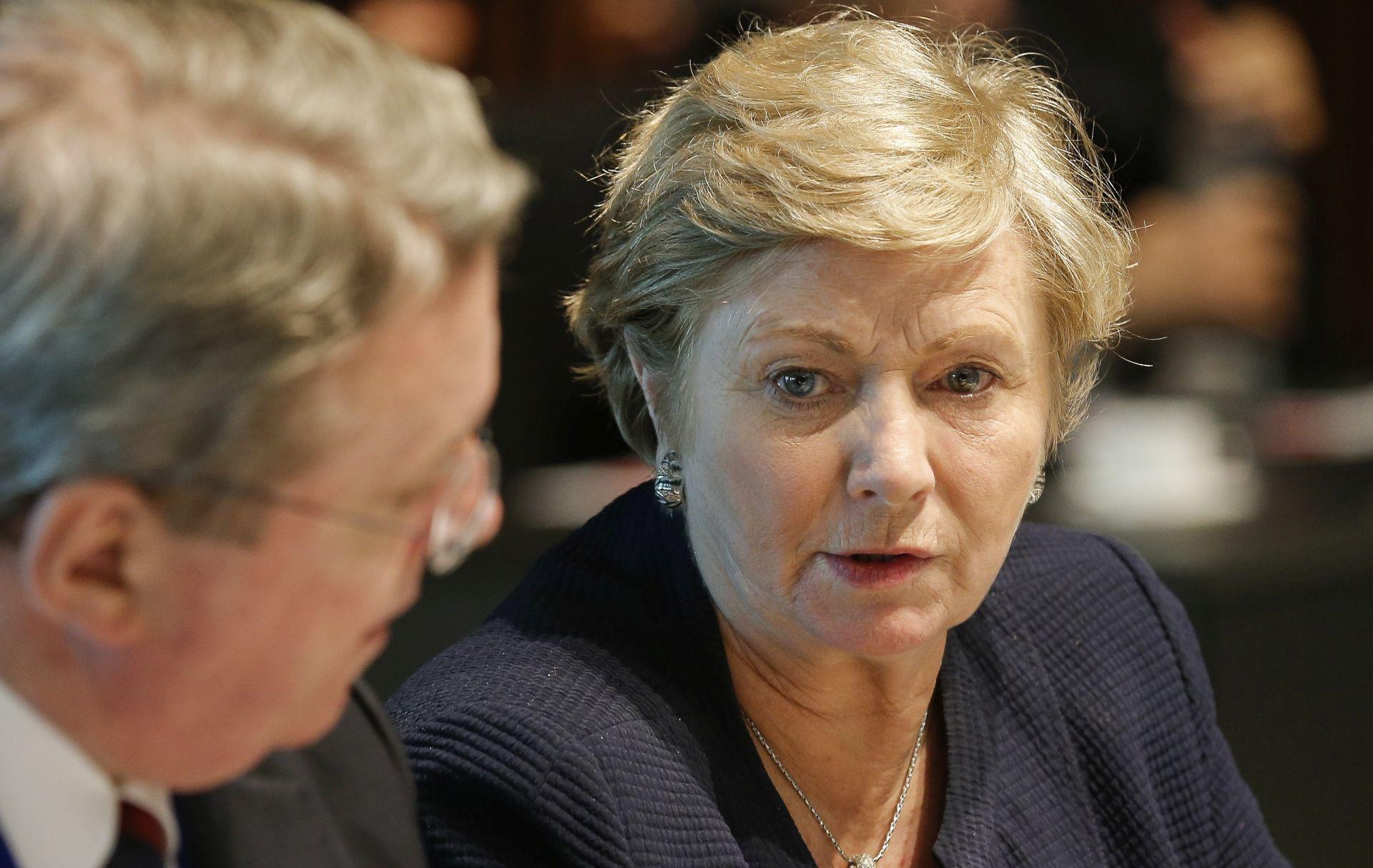 Potpredsjednica irske vlade podnijela ostavku, umanjujući prijetnju izborima
