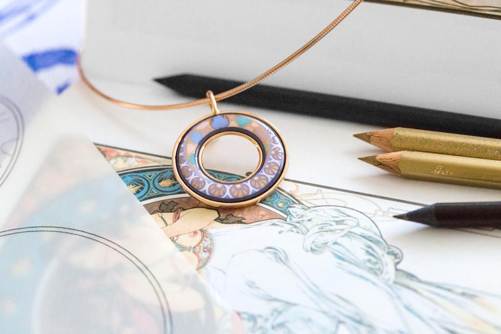 FREYWILLE POÉSIE D'AMOUR Umjetnički nakit s najljepšom ljubavnom porukom
