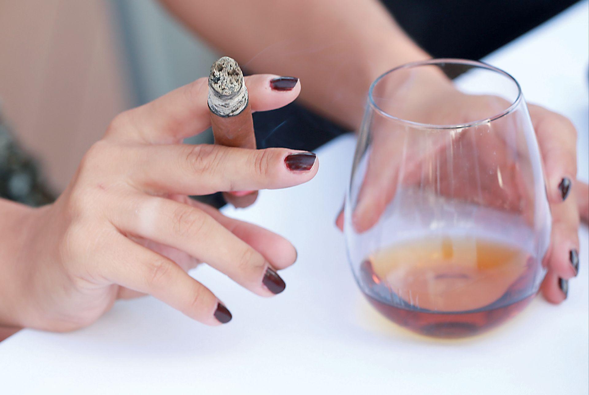 FELJTON: DUHAN I ALKOHOL Kako ekonomski umovi zarađuju na ovisnostima