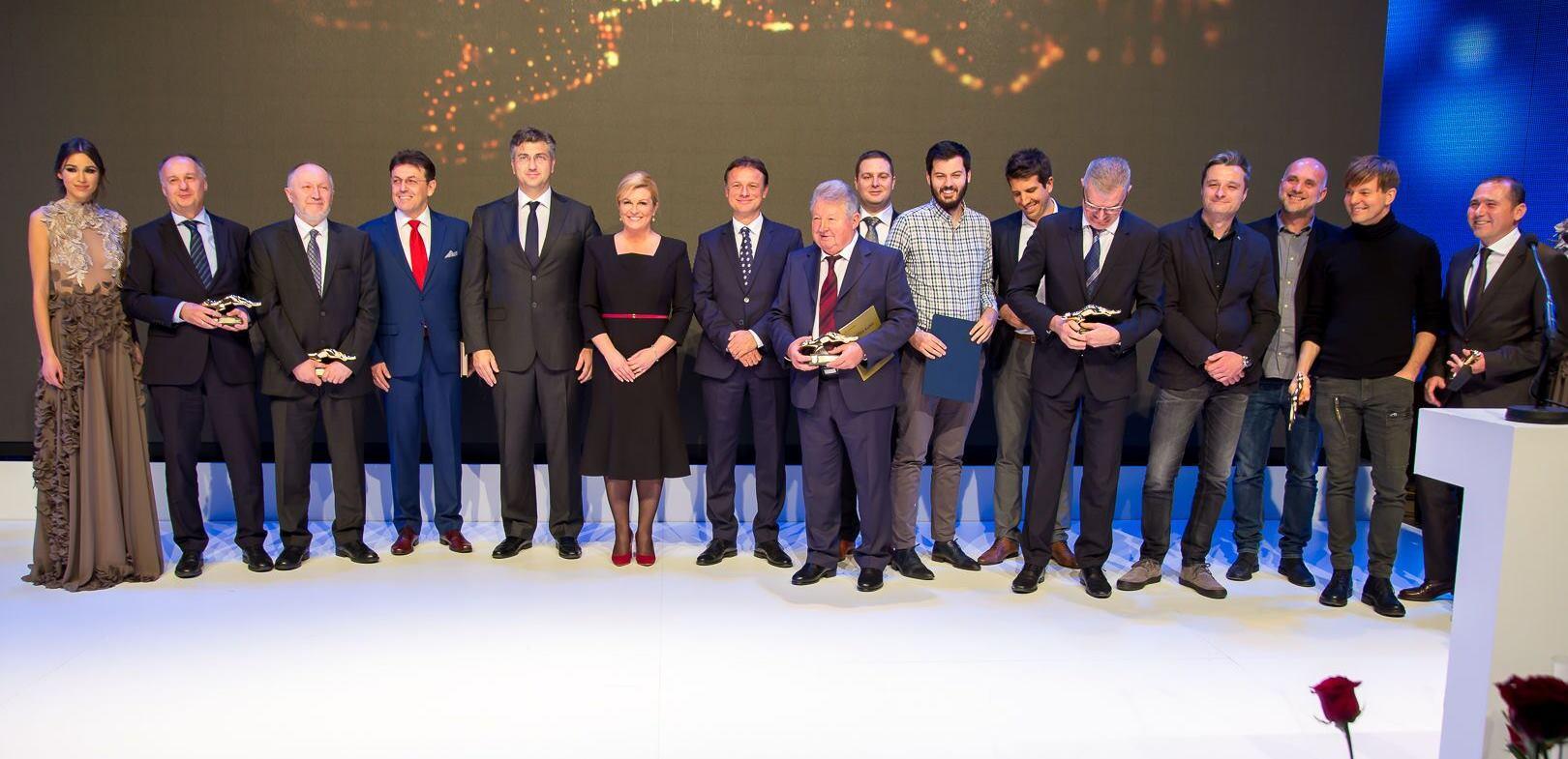 FOTO: HGK Tradicionalno dodijeljena poduzetnička nagrada Zlatna kuna