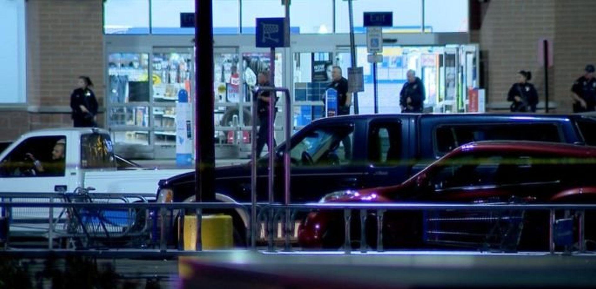 DVOJE POGINULIH U WALMARTU Pucnjava u trgovačkom centru u Coloradu