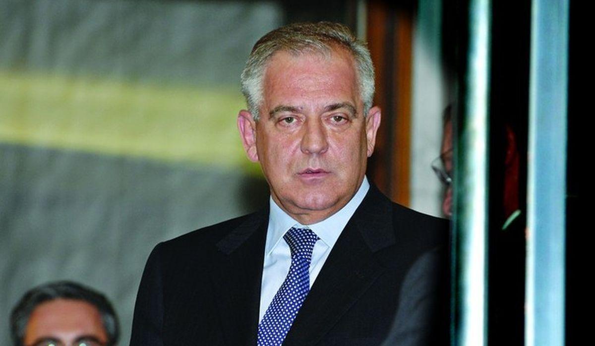 Sonderkommando: Pod istragom 13 Sanaderovih upletanja u Hypo