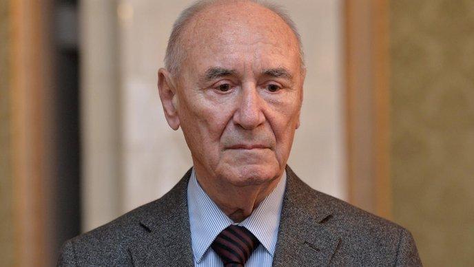 GRGURIĆ 'Todorić ne bi dobio kredite bez politike'