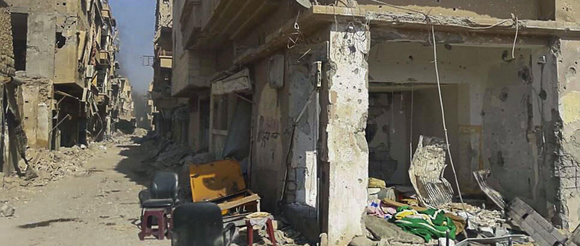 MASAKR U napadu IS-a na području Deir al-Zora ubijeno 75 civila
