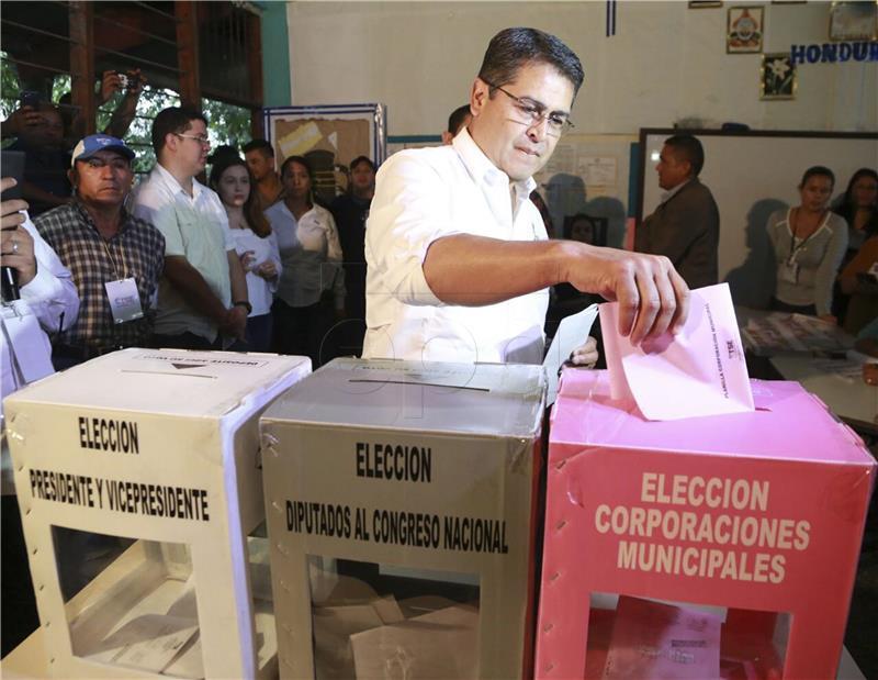 IZNENAĐENJE U HONDURASU Oporbeni kandidat vodi na izborima