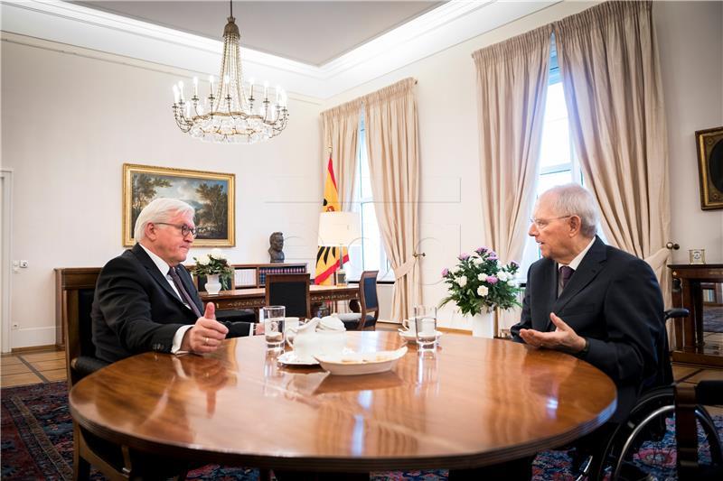 Socijaldemokrati razmatraju nastavak koalicije s Merkel