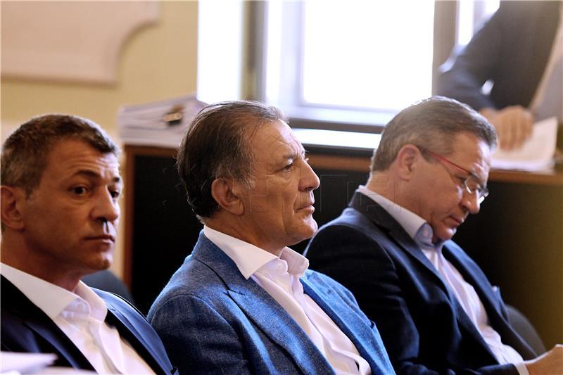 SUĐENJE MAMIĆIMA Bivša supruga poreznika Pernara tvrdi da je za navodne nezakonitosti doznala nakon pokretanja istrage