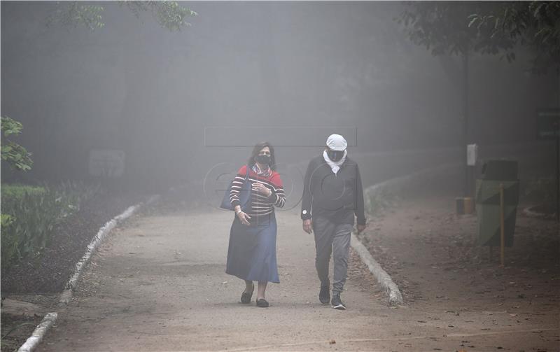 Škole u New Delhiju zatvorene do kraja tjedna zbog zagađenja