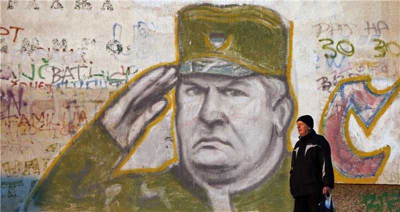 Podijeljena Srebrenica čeka presudu Mladiću