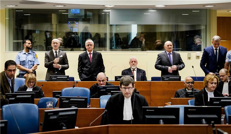 ODVJETNICI 'Male šanse za reviziju presude hrvatskoj šestorki'
