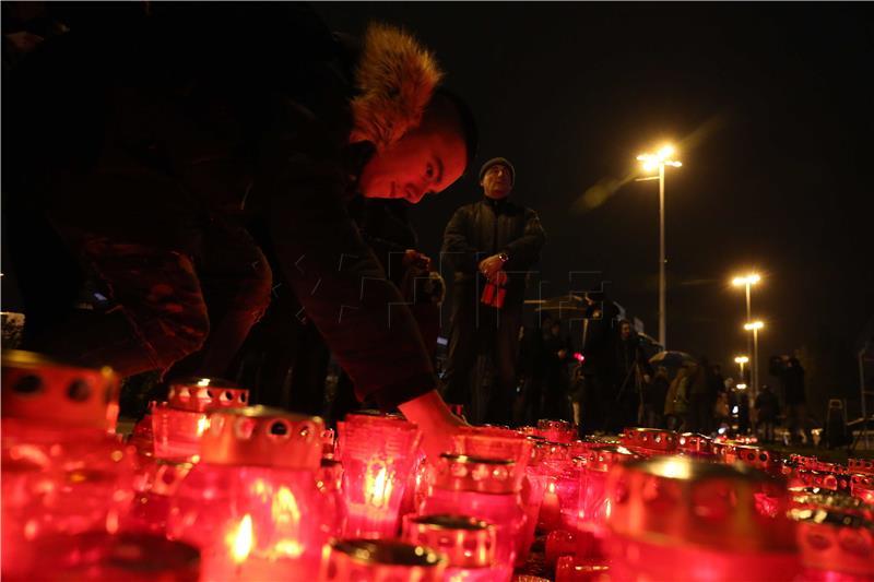 Nizozemac udarao lampione zapaljene za Vukovar, policiji ponudio konfuzno objašnjenje