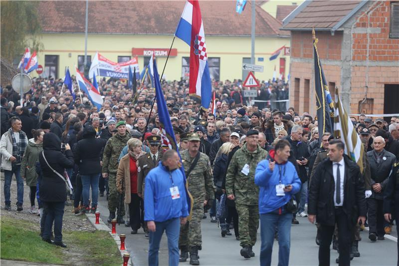 DAN SJEĆANJA Tisuće ljudi i državni vrh u Vukovaru