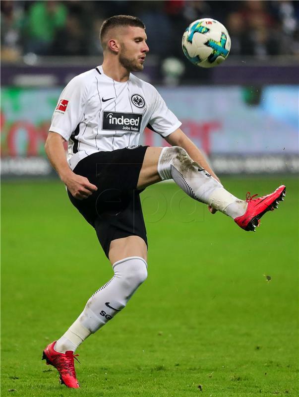 NJEMAČKA Gol Rebića u pobjedi Eintrachta