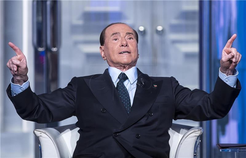 Bivša supruga mora Berlusconiju vratiti 60 milijuna eura