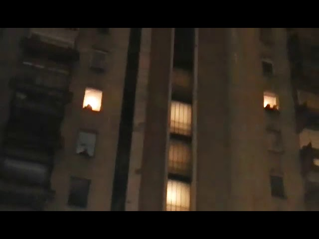 VIDEO: SARAJEVO Izbio veliki požar u stambenoj zgradi, ima ozlijeđenih