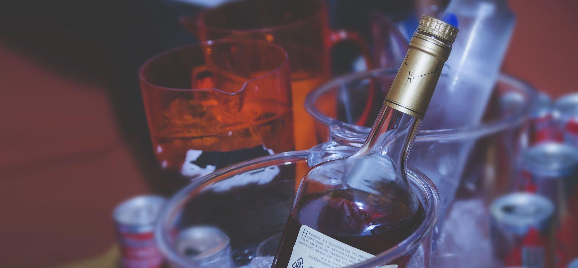 Zaposlenici misije EU-a optuženi za preprodaju alkohola u Kabulu