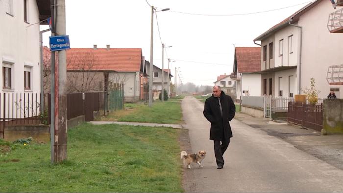 BRANITELJ IVAN LUKIĆ ZOLJA 'Jedna politička elita razdvaja djecu u srpske i hrvatske škole – to je pogubno za Vukovar'
