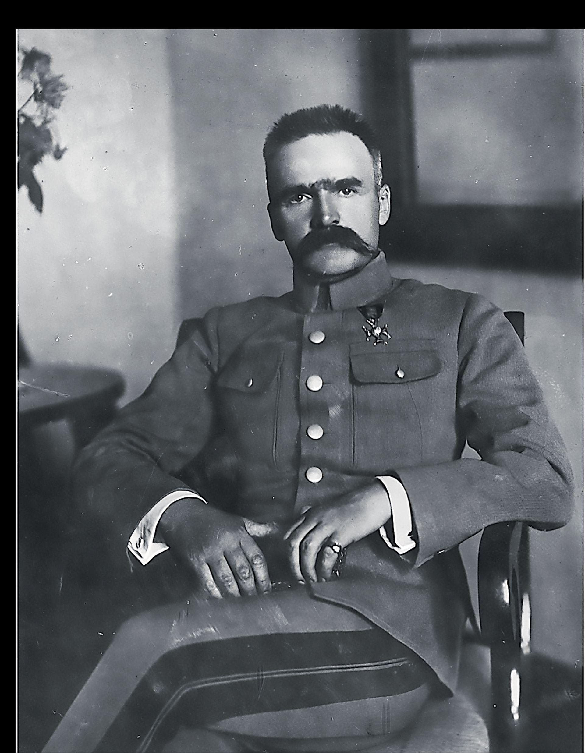 FELJTON Kontroverzni maršal vodio je Poljsku od socijalizma do diktature